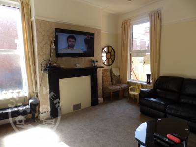 42_Lytham_Road_Preston_england_4_bedroom_house_for_sale_jones_cameron_uk_buyer_classifieds (5)