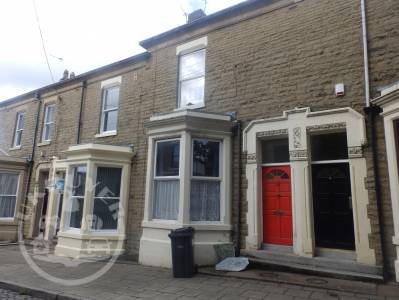 6_Cliff_Street_Preston_8_bedroom_house_for_sale_jones_cameron_england_uk_buyer_ukbuyer_classifieds (9)