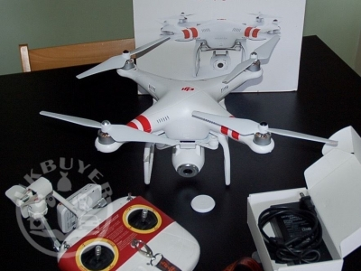 DJI Phantom 2 Vision Quadcopter with Integrated FPV Camcorder - White...1