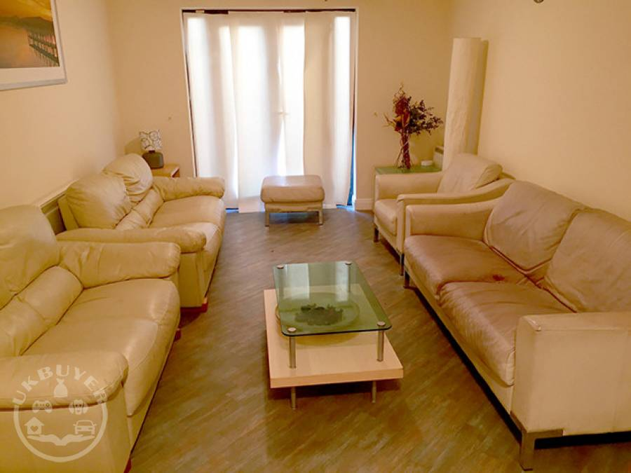 2 bed apartment to rent long term close to Jewellery Quarter